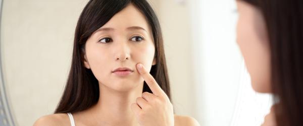 年齢肌のお悩み……シミと肝斑の違いとは?