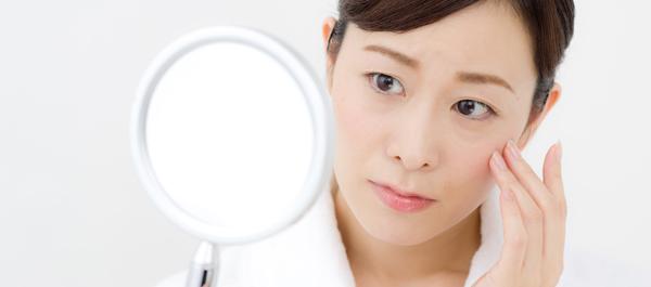 一気に老け顔に? 乾燥による「ちりめんジワ」の原因&対策法