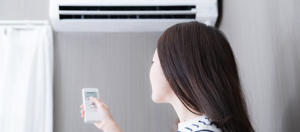 暖房が肌の大敵に!? 冬の暖房がもたらす肌への影響と対策方法