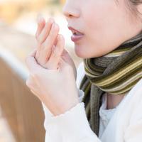 寒い季節も日焼け止めが必要! 冬の紫外線の危険性とは