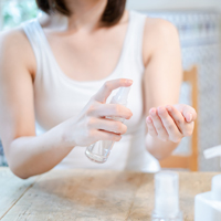 化粧水とプラスαの保湿ケアが必要なわけ
